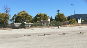 Looking at Baker Ranch: Abandoned VTA Park & Ride Lot at Curtner Avenue and Almaden Road/Expressway.